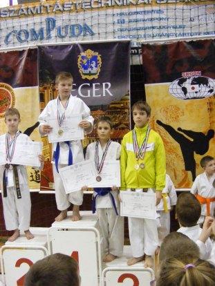 hinode_karate_Eger_SDUN_2015_0126